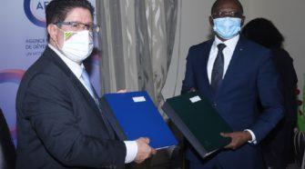 Secteur eau et assainissement au Togo, la France fait don de 6,5 milliards FCFA au Togo pour le financement du PASSCO 2
