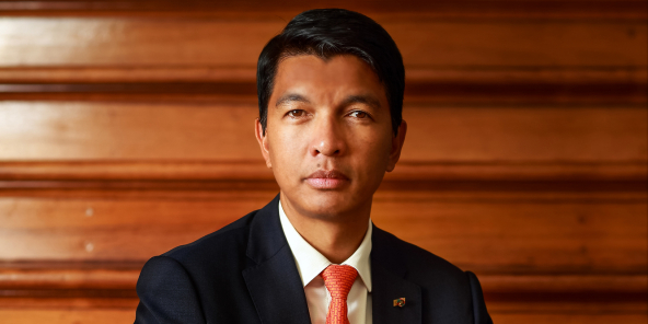 Le président Andy Rajoelina tacle Condé et Ouattara