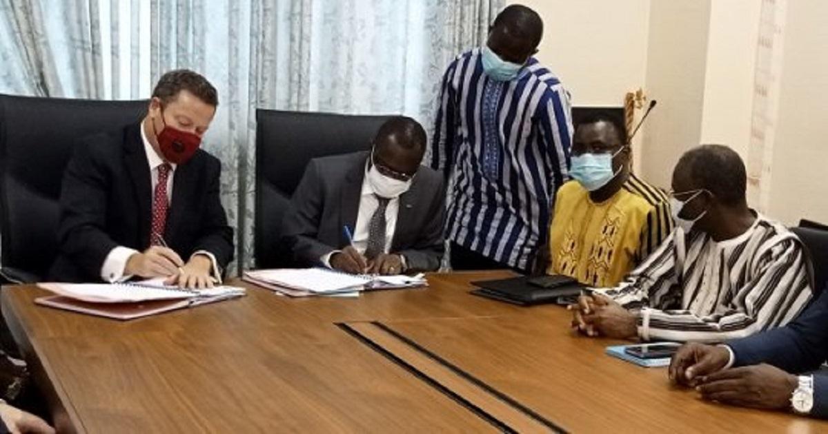 Burkina Faso : pour redynamiser le secteur aérien, une loi innovante est votée