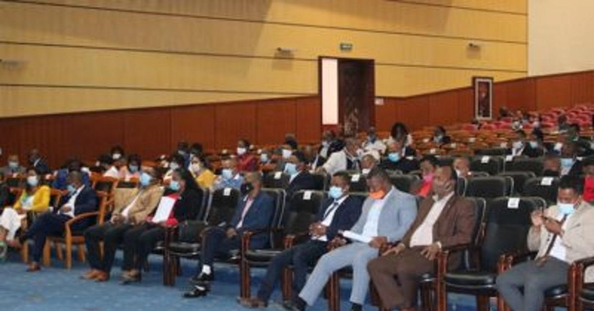 Retard du projet de loi des finances 2021 à Madagascar, les OSC dénoncent un manque de respect aux citoyens