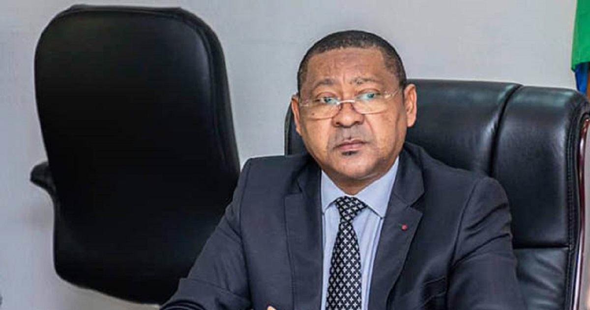 La corruption au Gabon impacte le pouvoir exécutif. En effet, l'équipe gouvernementale dirigée par Rose Christiane Ossouka Raponda vient de perdre un de ses membres. Il s'agit du ministre de l'Economie et de la Relance