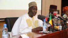 Transition au Mali: forces vives et Moctar Ouane échangent