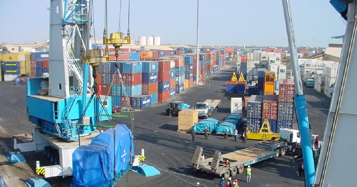 Déchets plastiques au Sénégal : la cargaison de Hapag-Lloyd, renvoyée du port dakarois