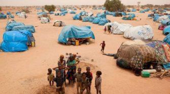 Niger : l'opposition au chevet des réfugiés de Tillabéri