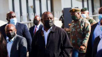 Violences en Afrique du Sud: le president Cyril Ramaphosa évoque la thèse d'un complot