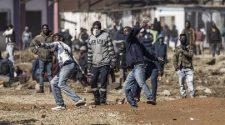 Violences en Afrique du Sud: le gouvernement a 48 heures pour reprendre le contrôle des rues