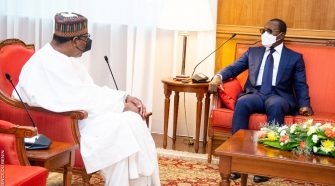 Rencontre Talon-Yayi: les deux présidents ont enfin fumé le calumet de la Paix